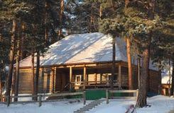 τα παιδιά ανασκόπησης κυβίζουν απομονωμένο σπίτι άσπρο ξύλινο παιχνιδιών του s Στοκ φωτογραφίες με δικαίωμα ελεύθερης χρήσης