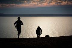 Τα παιδιά σκιαγραφούν Στοκ φωτογραφίες με δικαίωμα ελεύθερης χρήσης