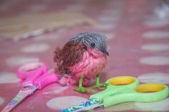 Τα παιδιά χαράσσουν τη βιοτεχνία, τέχνη Στοκ Φωτογραφία