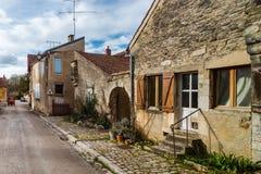 Τα παλαιά μεσαιωνικά σπίτια η οδός στο αρχαίο γαλλικό vill Στοκ εικόνα με δικαίωμα ελεύθερης χρήσης