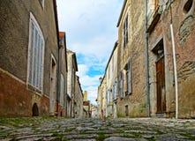 Τα παλαιά μεσαιωνικά σπίτια η οδός στο αρχαίο γαλλικό vill Στοκ Εικόνα