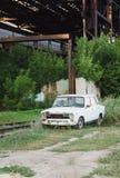 Τα παλαιά ρωσικά εγκατέλειψαν το αυτοκίνητο στοκ φωτογραφίες με δικαίωμα ελεύθερης χρήσης