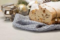 Τα παραδοσιακά Χριστούγεννα το κέικ Νέο έτος δ Χριστουγέννων Στοκ εικόνα με δικαίωμα ελεύθερης χρήσης