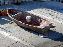 Τα παλαιά ιταλικά εγκατέλειψαν τη βάρκα Στοκ φωτογραφία με δικαίωμα ελεύθερης χρήσης