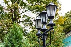 Τα παλαιά φω'τα είναι στο πάρκο, Στοκ φωτογραφία με δικαίωμα ελεύθερης χρήσης