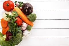 Τα περισσότερα χρήσιμα λαχανικά είναι μπρόκολο, κρεμμύδια, σκόρδο, ντομάτες, καρότα Στοκ Φωτογραφίες