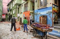 Τα ποδήλατα, τα άλογα κάρρων και οι γάιδαροι είναι ακόμα τα εξουσιάζοντας μέσα συγκοινωνίας σε περίεργο λίγο Mompos, όπου οι άνθρ Στοκ εικόνες με δικαίωμα ελεύθερης χρήσης