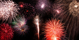 τα πυροτεχνήματα εμφανίζ&omicr στοκ φωτογραφίες με δικαίωμα ελεύθερης χρήσης