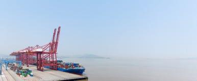 Τα σε βαθιά νερά λιμάνια του ningbo στοκ φωτογραφία με δικαίωμα ελεύθερης χρήσης