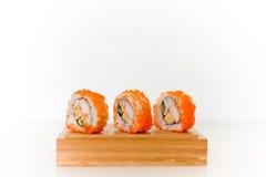 Τα σούσια θέτουν τα ιαπωνικά τρόφιμα Στοκ εικόνα με δικαίωμα ελεύθερης χρήσης