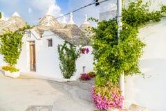 Τα σπίτια Trulli Alberobello σε Apulia στην Ιταλία Στοκ Φωτογραφίες