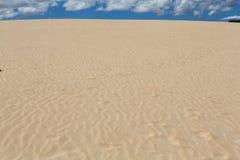 Τα σχέδια άμμου μετά από τον αέρα στην επιφύλαξη φύσης, σταθμεύουν φυσικό, Corralejo, Fuerteventura Στοκ Εικόνα