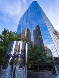 Τα σύγχρονα κτίρια γραφείων στη στο κέντρο της πόλης περιοχή Πόλεων της Οκλαχόμα - ΠΌΛΗ ΤΗΣ ΟΚΛΑΧΌΜΑ - ΟΚΛΑΧΟΜΑ - 18 Οκτωβρίου 20 Στοκ Εικόνα