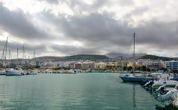 Σύννεφα πέρα από Rethymno. Στοκ φωτογραφία με δικαίωμα ελεύθερης χρήσης