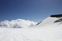 τα σύννεφα etna επικολλούν τ&om Στοκ Εικόνες