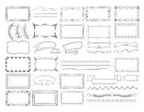 Τα σύνορα πλαισίων Doodle, συρμένα χέρι εμβλήματα κορδελλών και σκίτσο σχεδιάζουν το διανυσματικό σύνολο στοιχείων διακοσμήσεων διανυσματική απεικόνιση