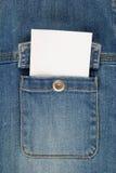 τα τζιν καρτών σημειώνουν το λευκό τσεπών Στοκ φωτογραφία με δικαίωμα ελεύθερης χρήσης