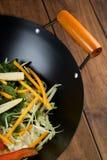 τα τηγανητά ανακατώνουν wok Στοκ Εικόνες