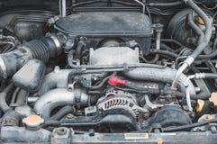 Τα τμήματα συσκευών της μηχανής αυτοκινήτων στο διαμέρισμα μηχανών στοκ φωτογραφία με δικαίωμα ελεύθερης χρήσης