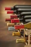 τα τρισδιάστατα μπουκάλια διαμορφώνουν το άσπρο κρασί Στοκ εικόνες με δικαίωμα ελεύθερης χρήσης