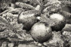 τα τρισδιάστατα Χριστούγεννα μπιχλιμπιδιών ανασκόπησης σύνθεσαν φωτογραφικό πραγματικό δίνουν Στοκ φωτογραφία με δικαίωμα ελεύθερης χρήσης