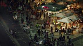 Τα τρόφιμα στέκονται τη νύχτα την κοντινή παραλία Copacabana Στοκ φωτογραφία με δικαίωμα ελεύθερης χρήσης