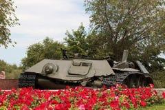 Τα υπολείμματα μιας δεξαμενής τ-34 μάχης Στοκ Φωτογραφίες