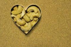 Τα δυτικά ανακάρδια στην καρδιά Στοκ φωτογραφία με δικαίωμα ελεύθερης χρήσης