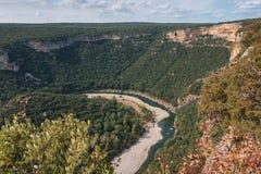 Τα φαράγγια de Ardeche αποτελούνται από μια σειρά φαραγγιών στον ποταμό Ardeche, Γαλλία Στοκ Εικόνες