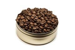 Τα φασόλια καφέ μπορούν μέσα Στοκ εικόνες με δικαίωμα ελεύθερης χρήσης