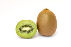 Τα φρούτα ακτινίδιων τεμάχισαν τα τμήματα που απομονώθηκαν Στοκ Εικόνες
