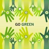 Τα χέρια ενθαρρυντικά πηγαίνουν πράσινα για το φιλικό και βιώσιμο κόσμο ο eco Στοκ Φωτογραφία