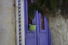 Τα χαρακτηριστικά χρώματα της όμορφης Κρήτης στο νησί του Αιγαίου της Ελλάδας στοκ εικόνες