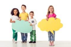 Τα χαριτωμένα παιδιά με την ομιλία βράζουν Στοκ Φωτογραφίες