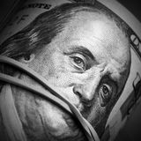 Τα χρήματα κρατούν σιωπηλός Στοκ Φωτογραφία