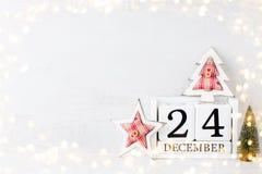 τα Χριστούγεννα ανασκοπήσεων σας σχεδιάζουν Ημερολόγιο Χριστουγέννων, στις 24 Δεκεμβρίου σε GR στοκ φωτογραφίες με δικαίωμα ελεύθερης χρήσης
