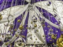 τα Χριστούγεννα διακοσμούν τις φρέσκες βασικές ιδέες διακοσμήσεων Διακόσμηση διακοπών Στοκ φωτογραφία με δικαίωμα ελεύθερης χρήσης