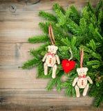 τα Χριστούγεννα διακοσμούν τις φρέσκες βασικές ιδέες διακοσμήσεων Τα εκλεκτής ποιότητας παιχνίδια Teddy ύφους αντέχουν Στοκ εικόνα με δικαίωμα ελεύθερης χρήσης