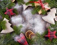τα Χριστούγεννα διακοσμούν τις φρέσκες βασικές ιδέες διακοσμήσεων Τρύγος Στοκ φωτογραφία με δικαίωμα ελεύθερης χρήσης