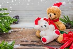 Τα Χριστούγεννα και το ζεύγος Teddy αντέχουν Στοκ φωτογραφίες με δικαίωμα ελεύθερης χρήσης