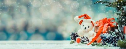 Τα Χριστούγεννα και το νέο έτος με Teddy αντέχουν Στοκ φωτογραφία με δικαίωμα ελεύθερης χρήσης
