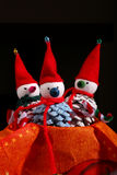 Τα Χριστούγεννα λογαριάζουν το χιονάνθρωπο Pinecones Στοκ φωτογραφίες με δικαίωμα ελεύθερης χρήσης