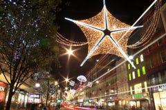 Τα Χριστούγεννα οδών της Οξφόρδης ανάβουν τη νύχτα Στοκ Εικόνες