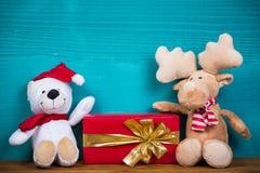Τα Χριστούγεννα teddy αντέχουν και τάρανδος Στοκ Εικόνες