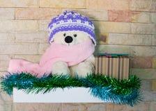 Τα Χριστούγεννα Teddy αντέχουν, τα νέα Χριστούγεννα Teddy έτους αντέχουν με το διάστημα αντιγράφων για τη σύσταση Στοκ Φωτογραφίες