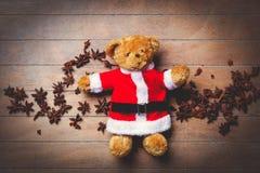 Τα Χριστούγεννα teddy αντέχουν το παιχνίδι και το αστέρι Στοκ Εικόνες