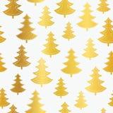Τα χρυσά χριστουγεννιάτικα δέντρα Vecrtor άνευ ραφής επαναλαμβάνουν το υπόβαθρο σχεδίων Μεγάλος για το ύφασμα χειμερινών διακοπών Στοκ φωτογραφίες με δικαίωμα ελεύθερης χρήσης