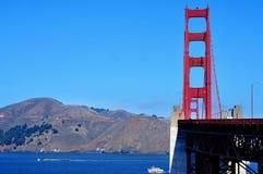 τα χρυσά SAN Francisco γεφυρών κράτη π&upsil Στοκ Φωτογραφία