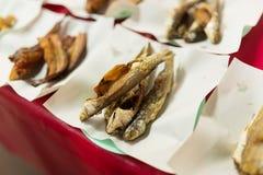 Τα ψάρια τηγάνισαν το ταϊλανδικό ύφος τροφίμων Στοκ Εικόνες
