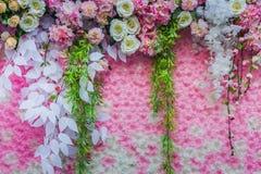 Τα όμορφα λουλούδια διακοσμούν τη σκηνή Στοκ φωτογραφία με δικαίωμα ελεύθερης χρήσης